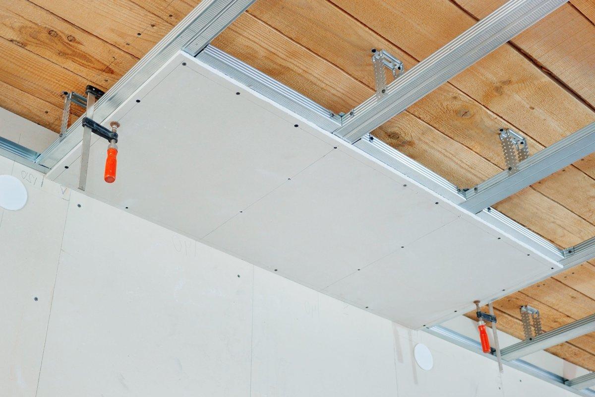 монтаж подвесного потолка из гипсокартона цена