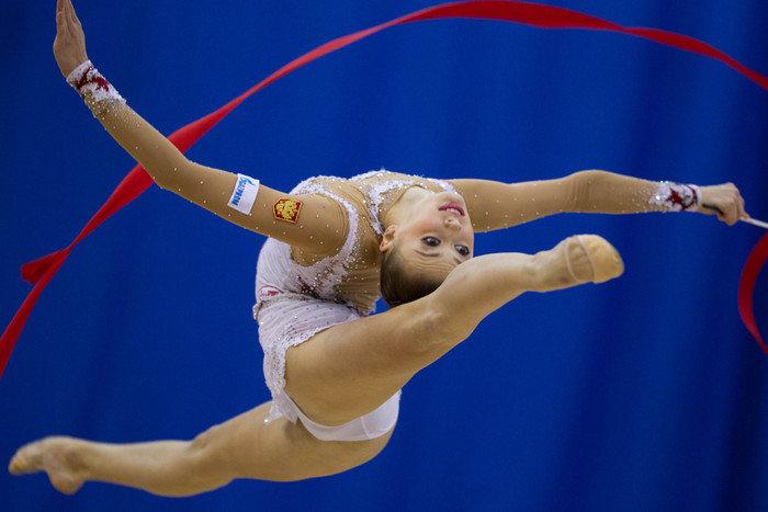 она гимнастка на русском часть пили