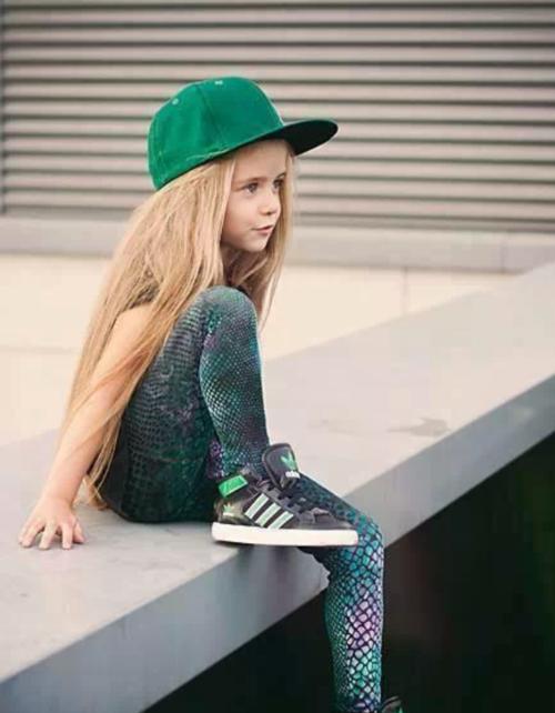 Крутые картинки на аву для девочек 11 лет, открытка марта
