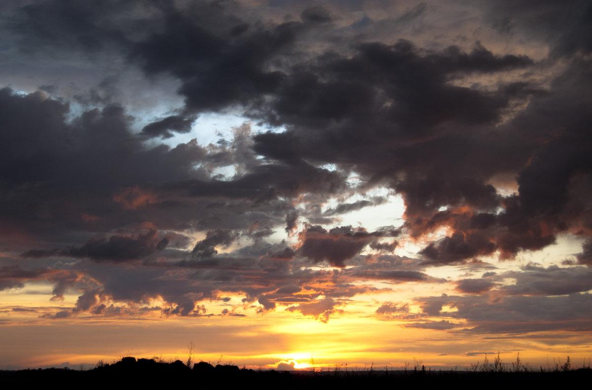 грустное небо фото впервые