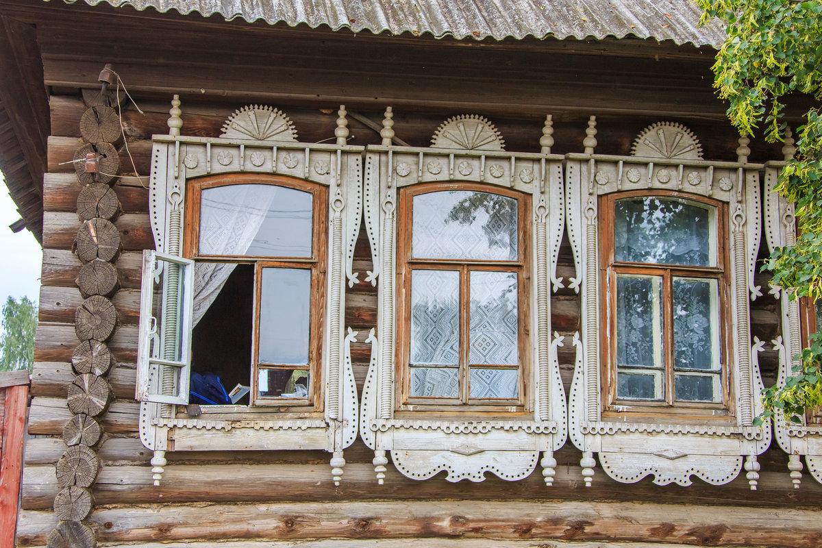 Картинка три окна
