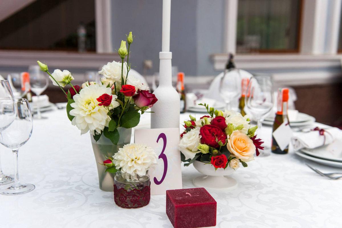 Цветы, букеты украшение стола