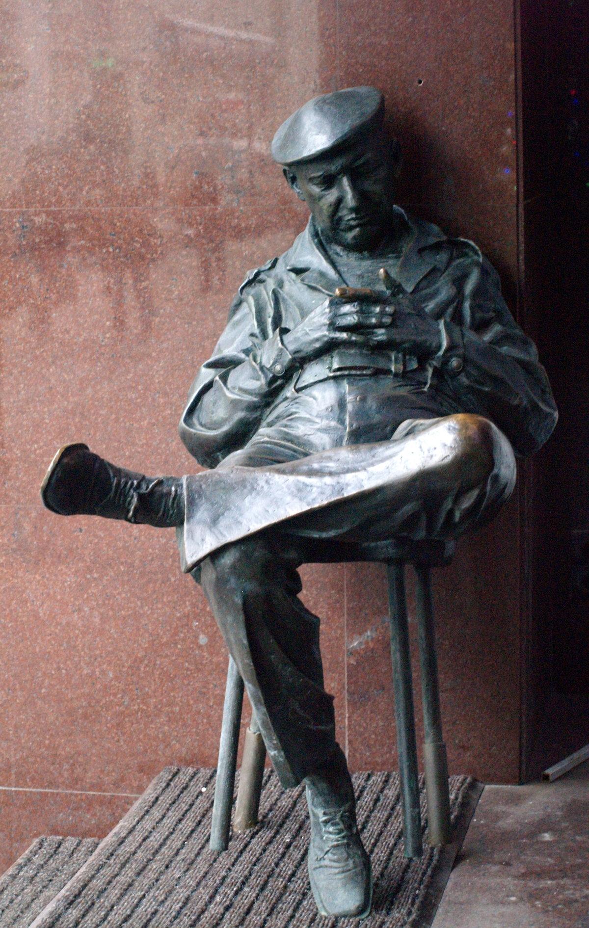галерея сторожа статуй отбиты члены образец