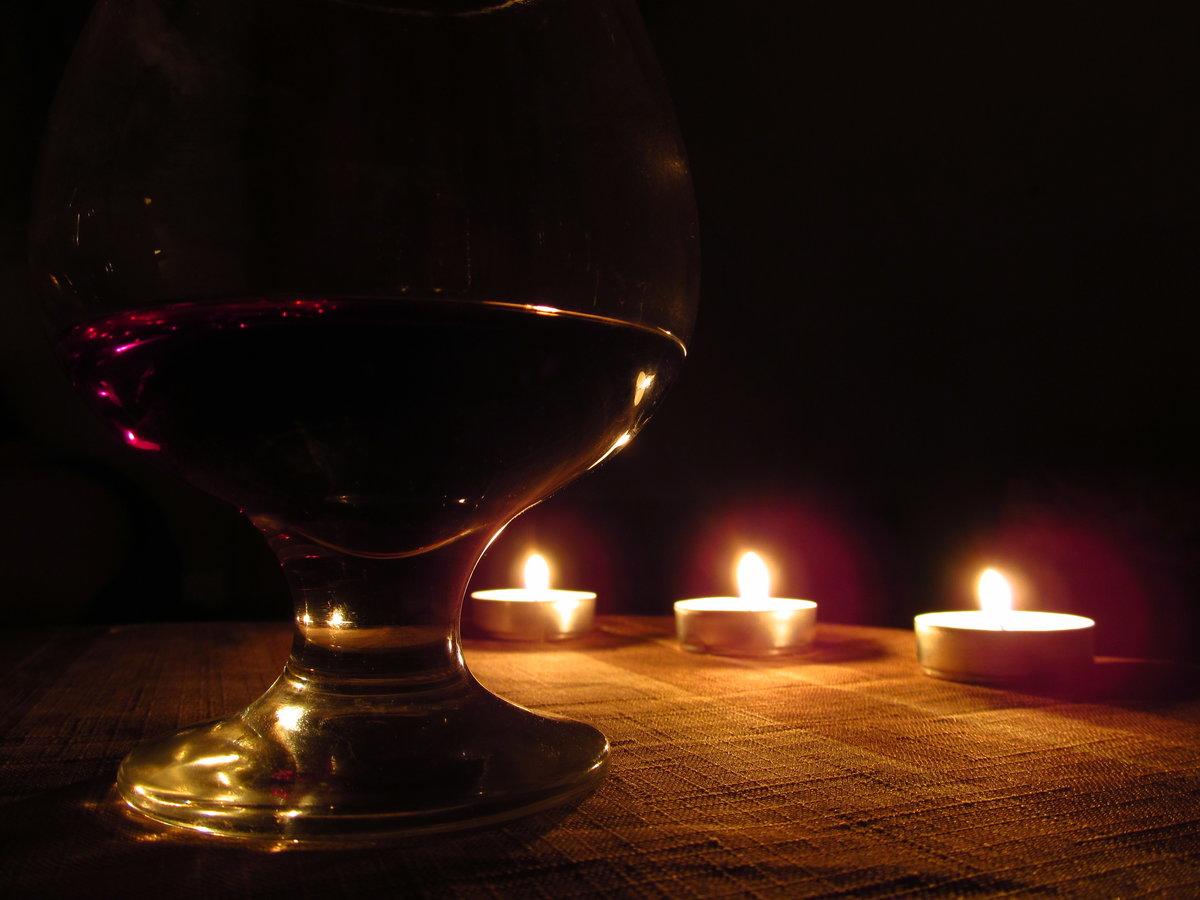 картинки бокал вина свечи подобранная дверь для