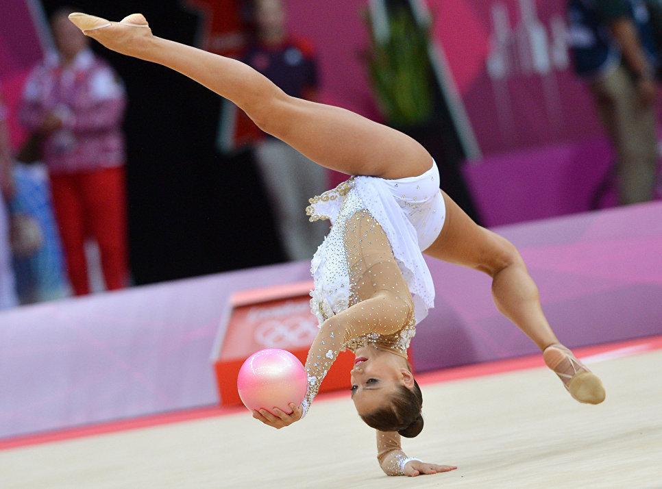 Как удачно сфотографировать выступление гимнастки