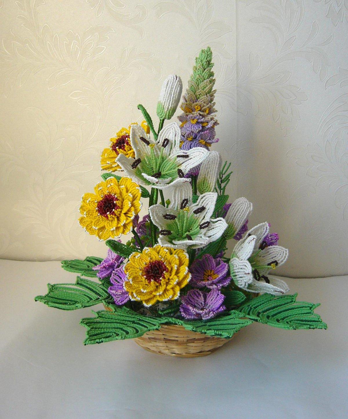 самые цветы из бисера композиции и букеты фото элвина бурундуков