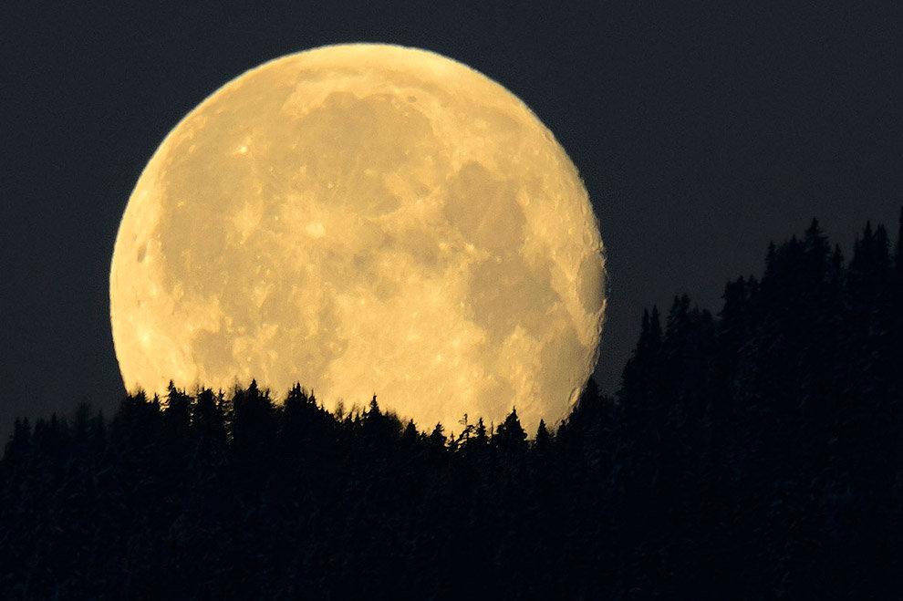 Луна в картинках, смешная анимация картинка