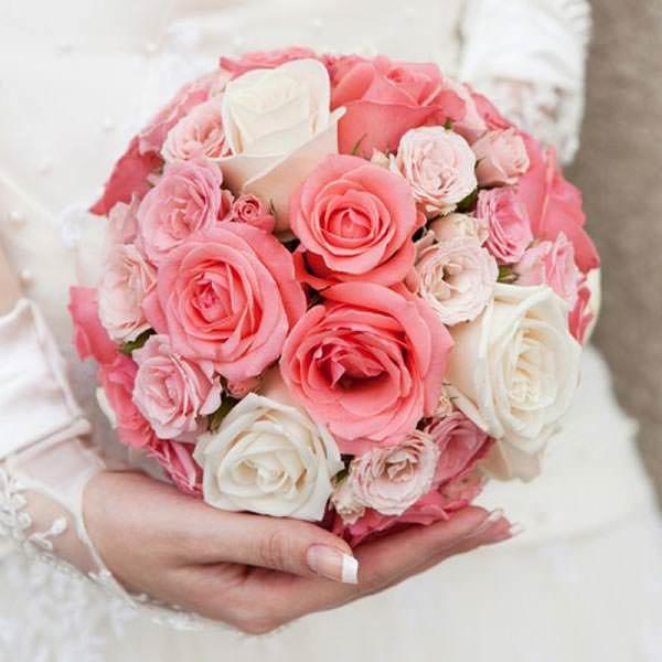 Цветы кустовые, свадебный розовый букет самый красивый