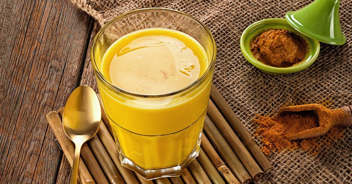 Золотое молоко из куркумы для похудения