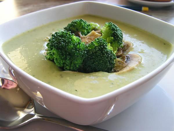 рецепт суп пюре из брокколи с курицей