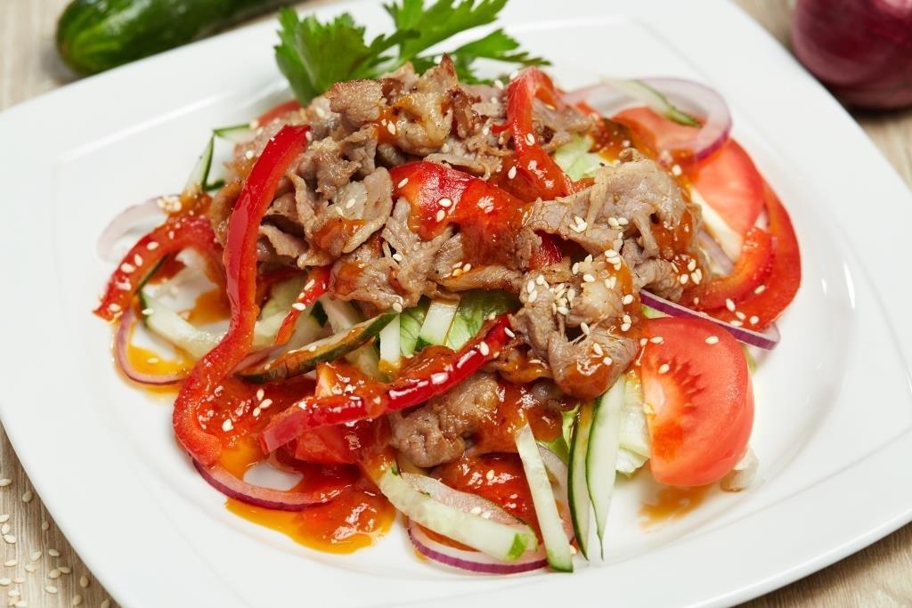 Салаты со свининой рецепты с фото простые продаем