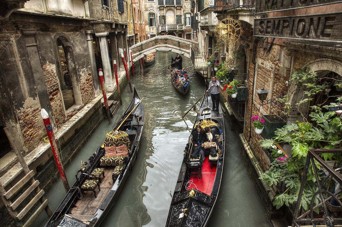 фото венецианской гондолы вариантом