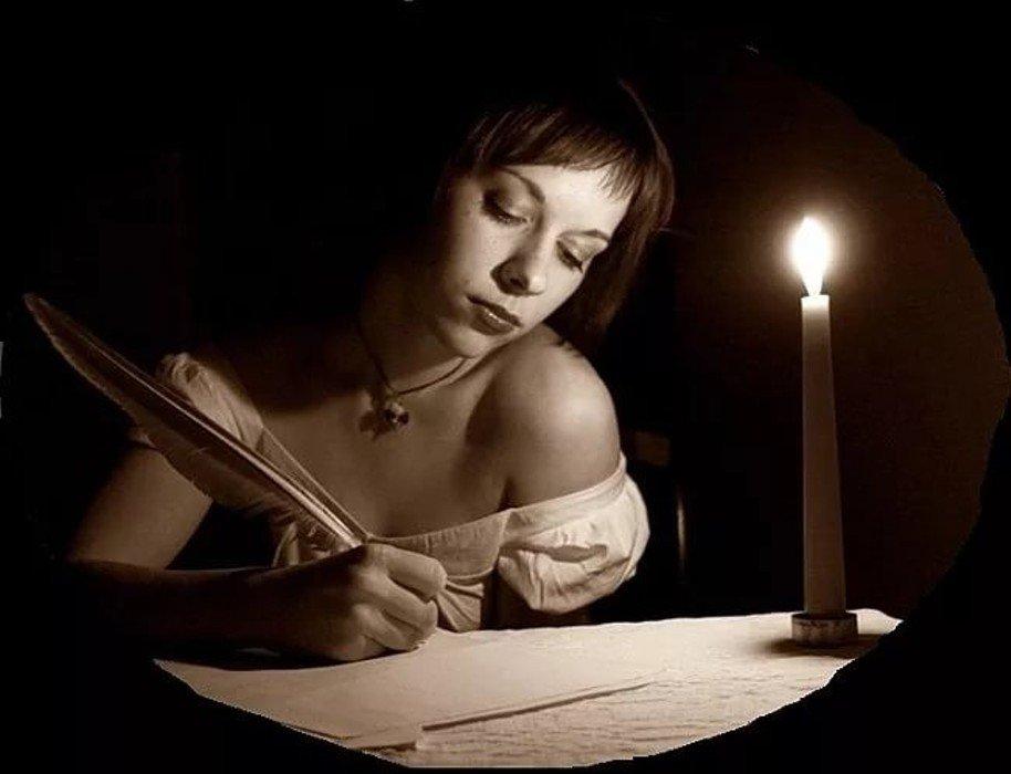 Картинка женщина пишет письмо