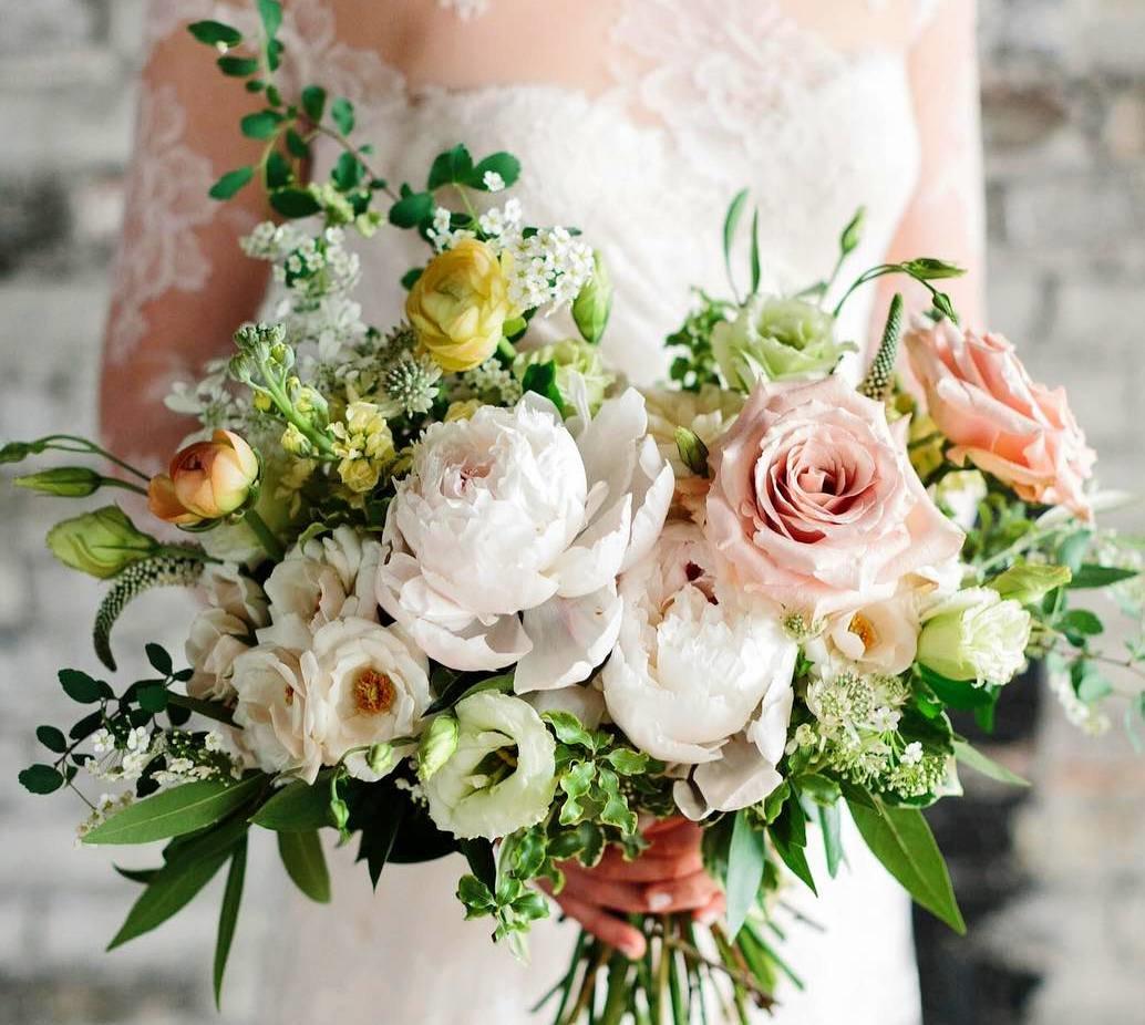 Букеты для невест необычные