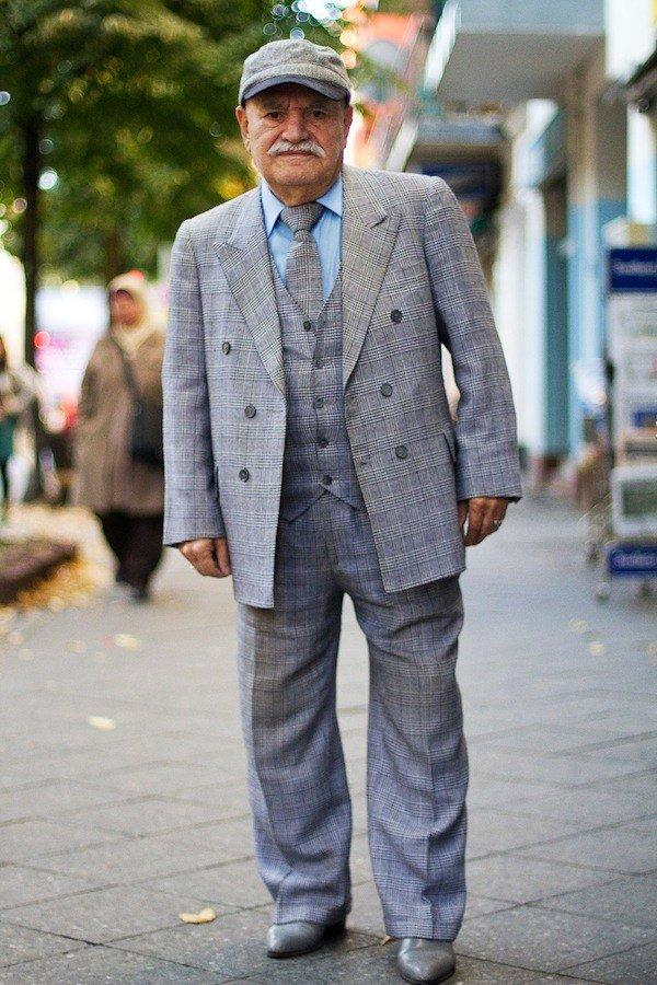 Пример стильного пожилого мужчины.
