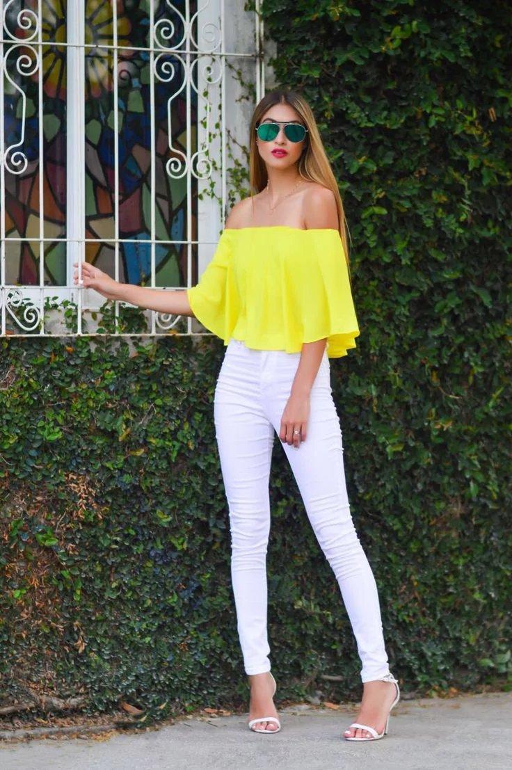 кончины фото девушка в белых штанах и желтом топике ботаник