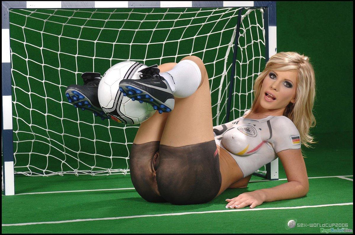 Порно эротика порно и женский футбол видео