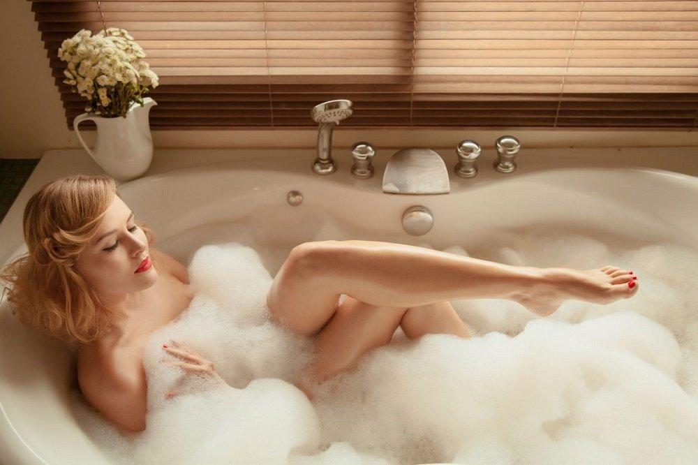 высоко фото девушки в ванной с пеной в контакте про тех девочек