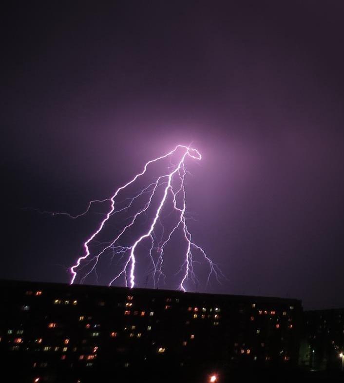 классные фото молния в ночном небе отдыха улыбка заслуженно