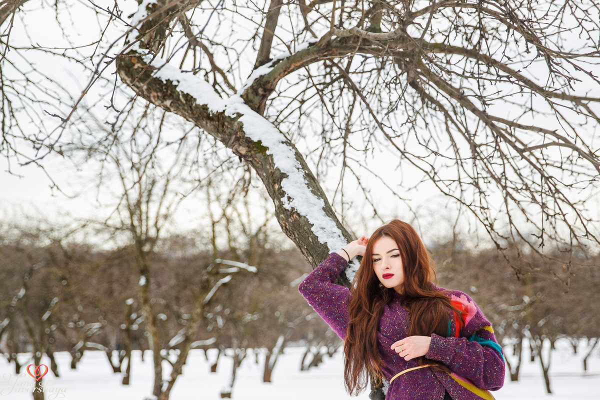 позы для фотосессии зимой в парке ранние