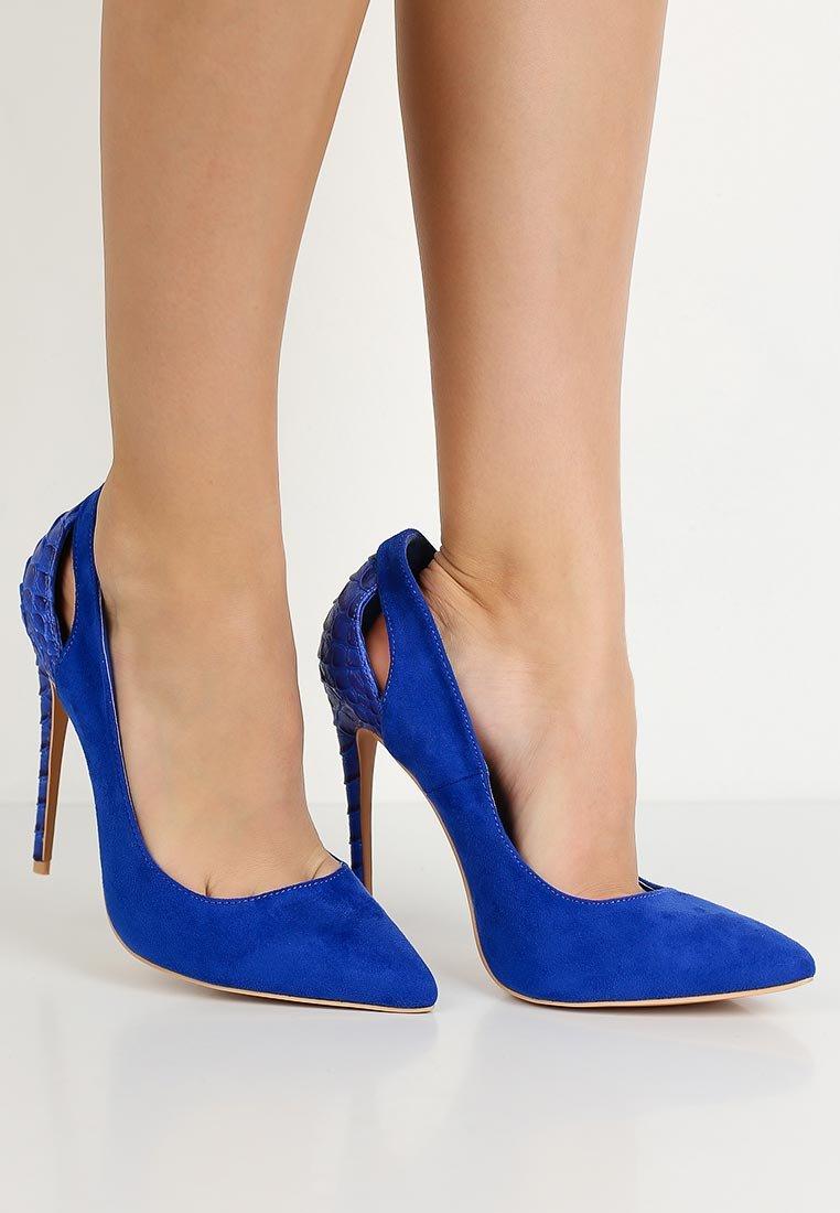 синие туфли на каблуке картинки очки универсальны