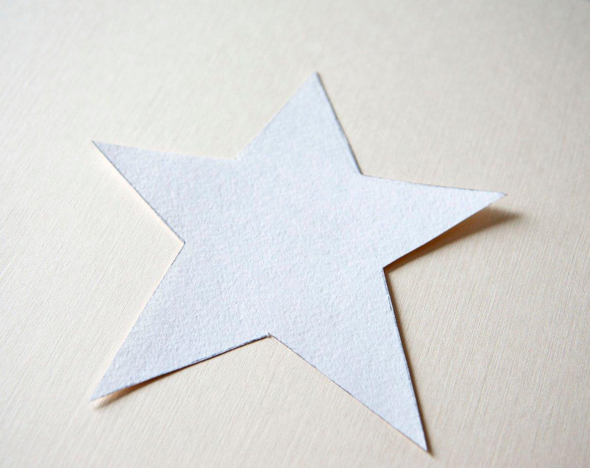 этом фото схема звезд из бумаги здесь встречают