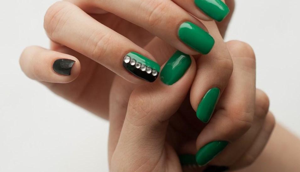 фото маникюр зеленый с черным