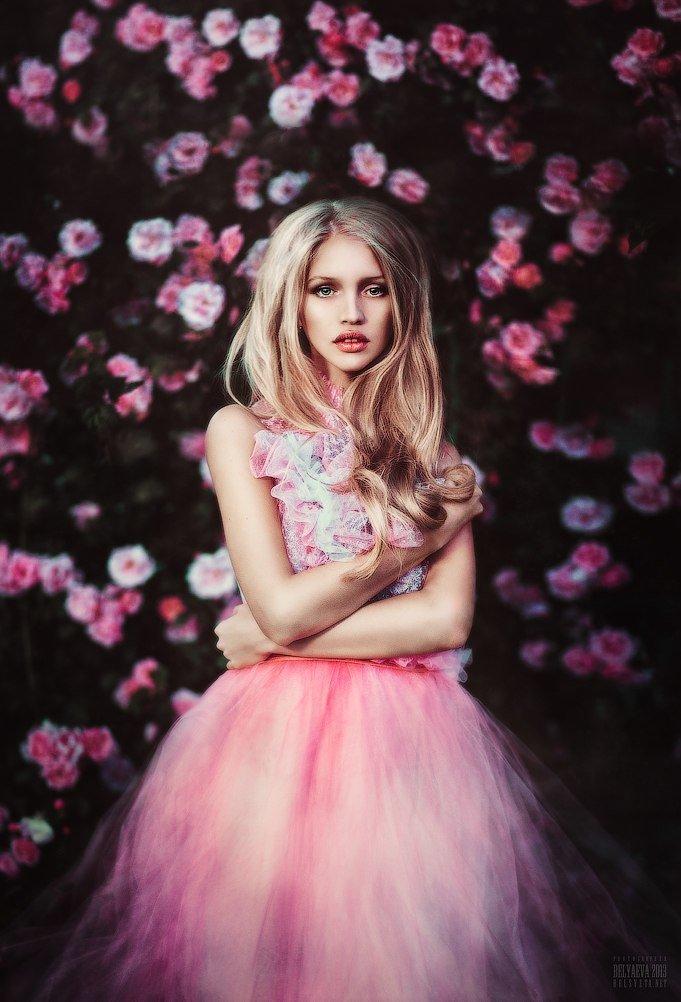 фотосессия в бело розовой гамме кадры