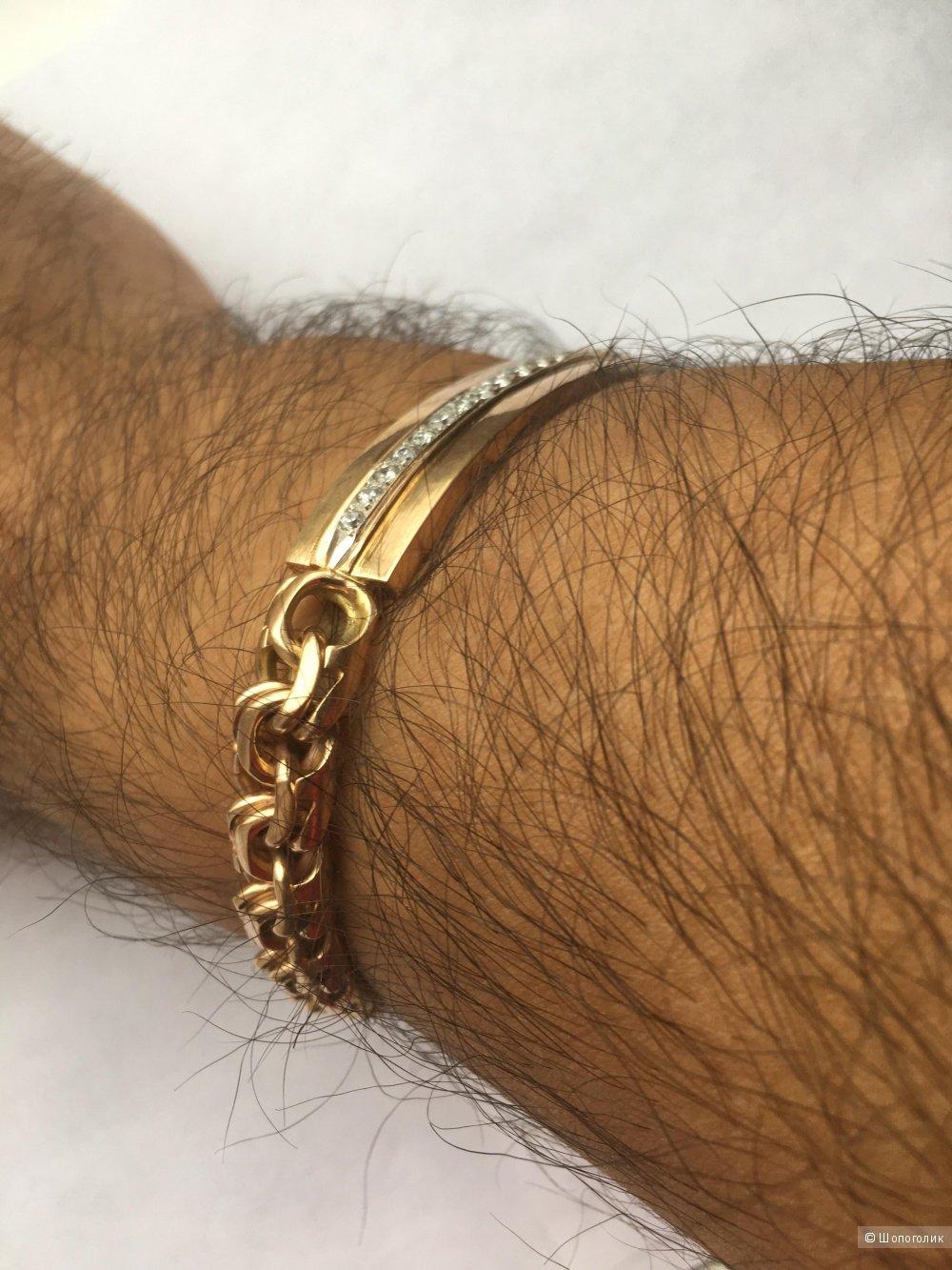 Мужской золотой браслет на руке в картинках