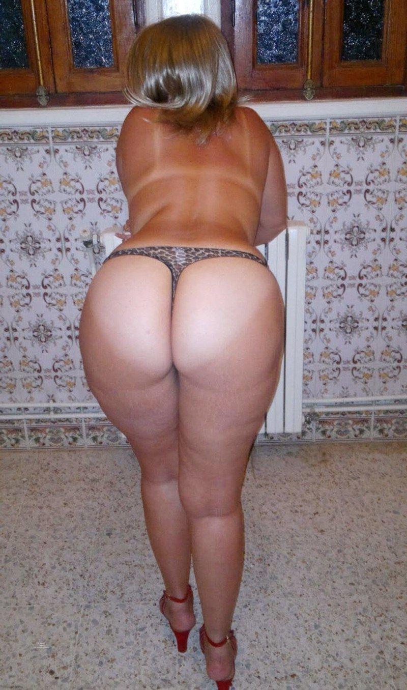 фото зад зрелой женщины как могли обойтись