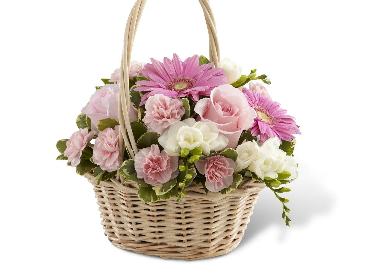 Красивый букет цветов в корзине, алтуфьево