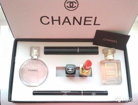 e8270fb03ce4 Набор 5 в 1 от Chane в Ожерелье. Подарочный набор Шанель 5 в 1 для ...