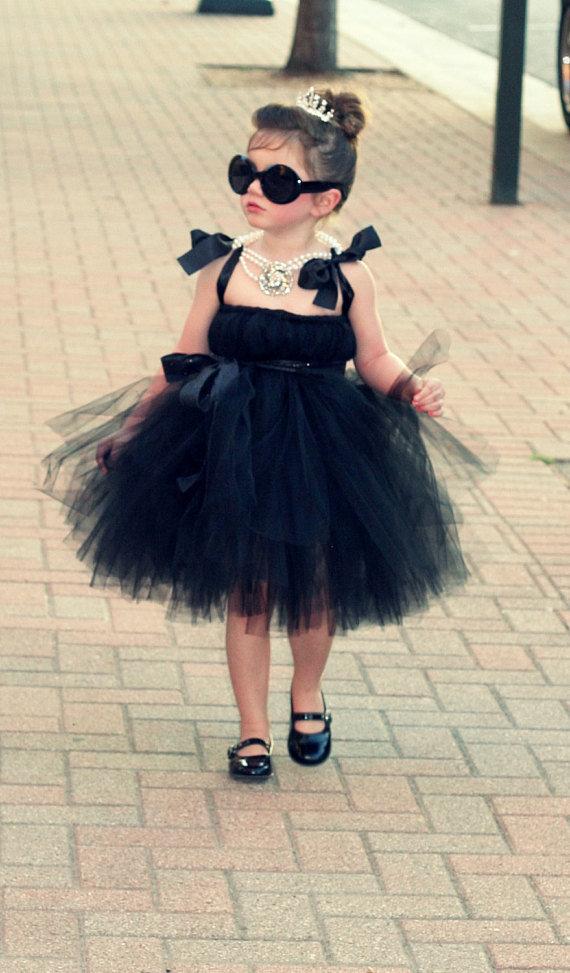Девочка и платье прикольные картинки, днем святого