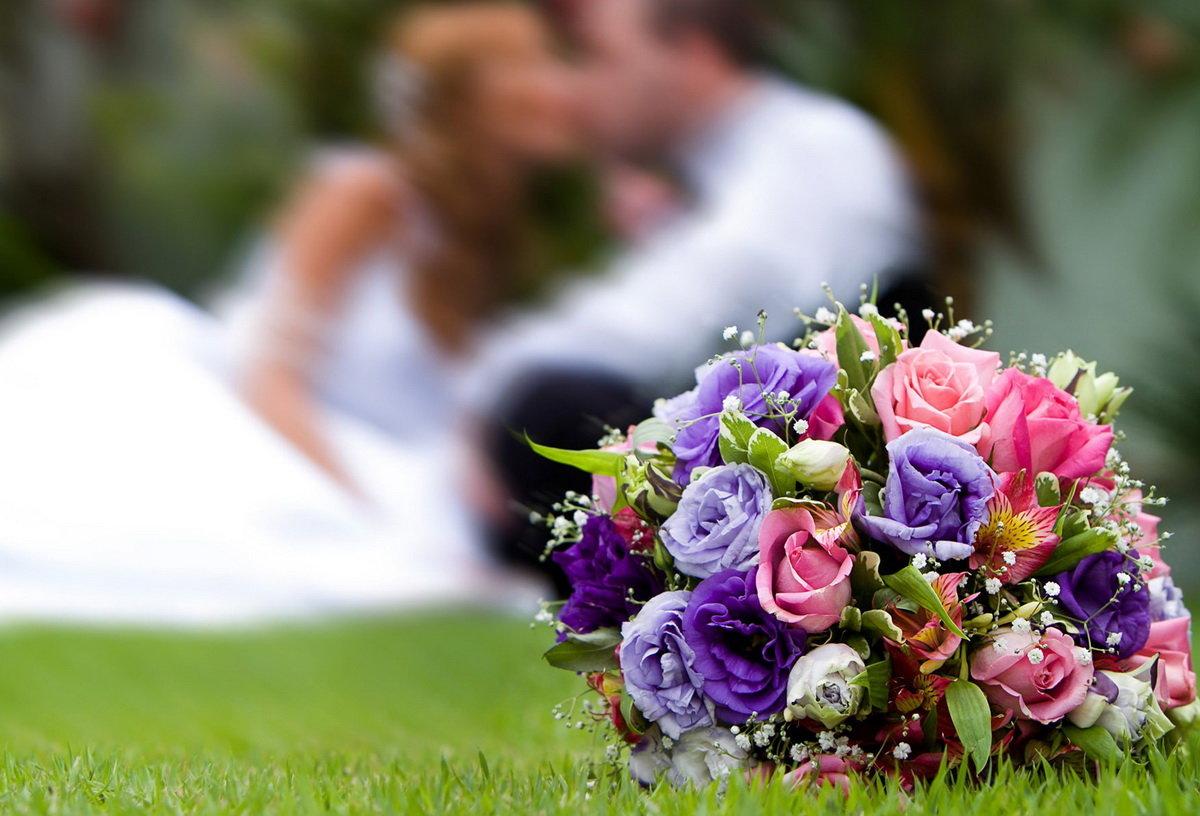 Букеты на свадьбу открытки, марта прикольные для