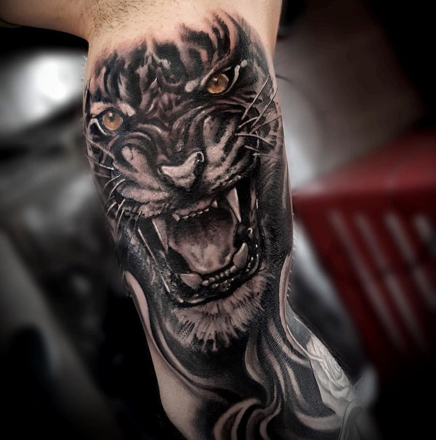 Tiger tattoo 19