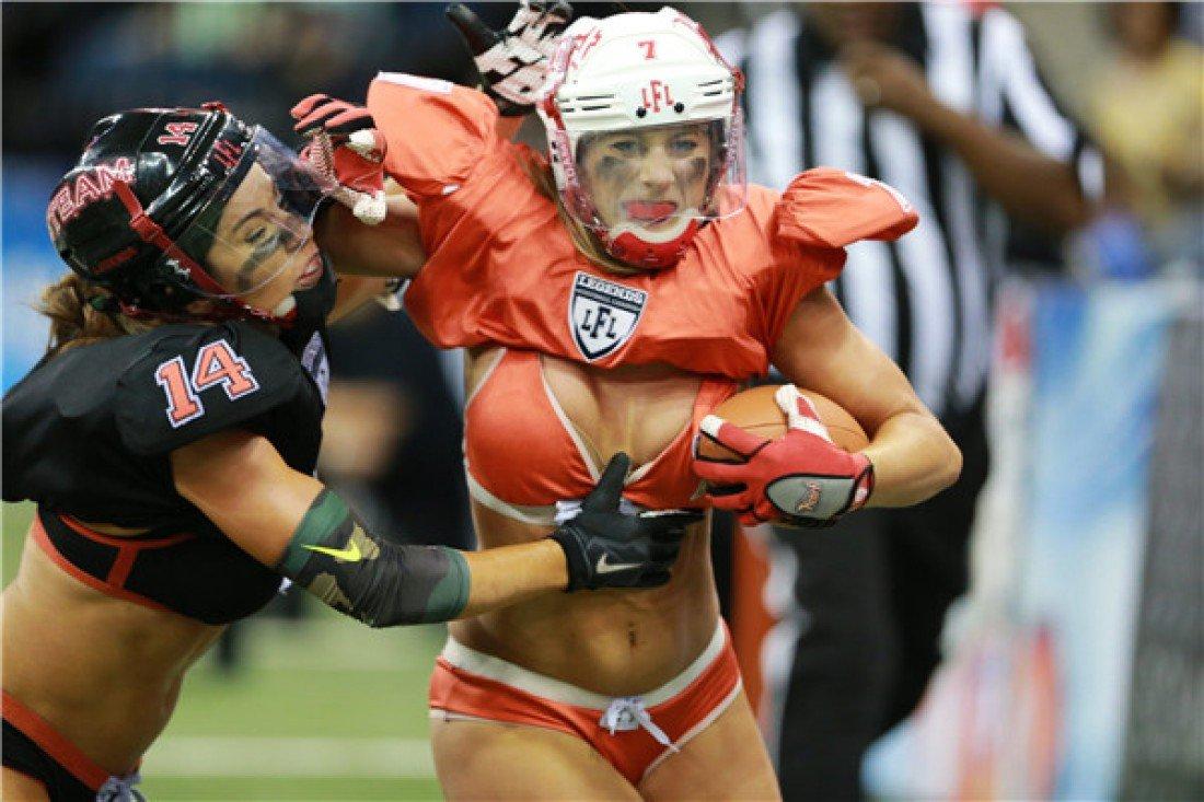 seksualniy-zhenskiy-amerikanskiy-futbol-prostitutki-v-popku