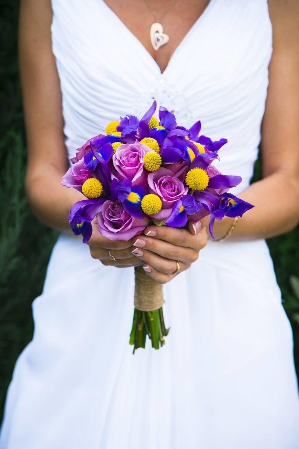 Цветов, екатеринбург дешево свадебные букеты ирисы фото