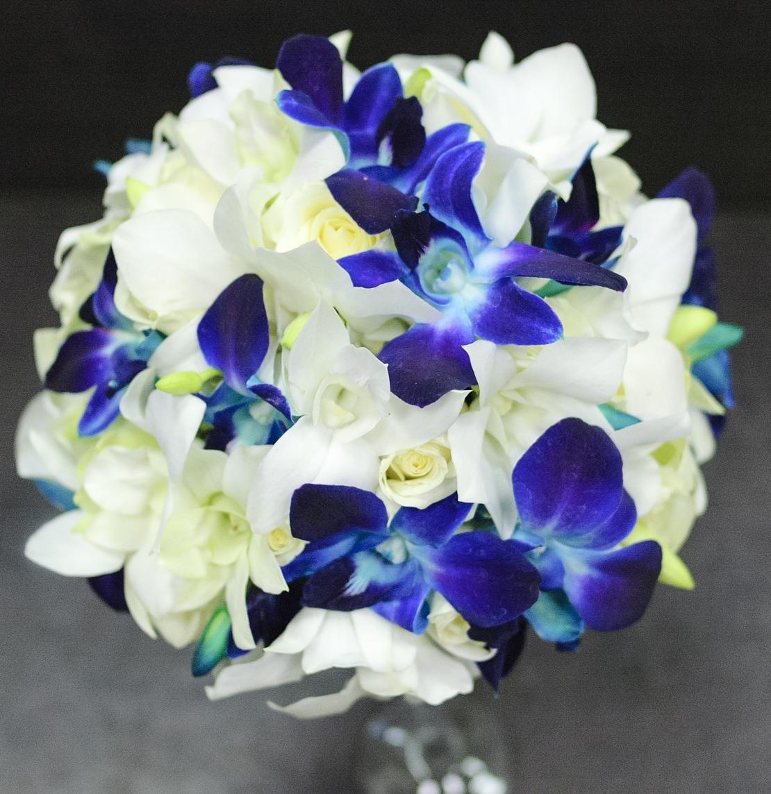 Размер, букеты из синих орхидей спб