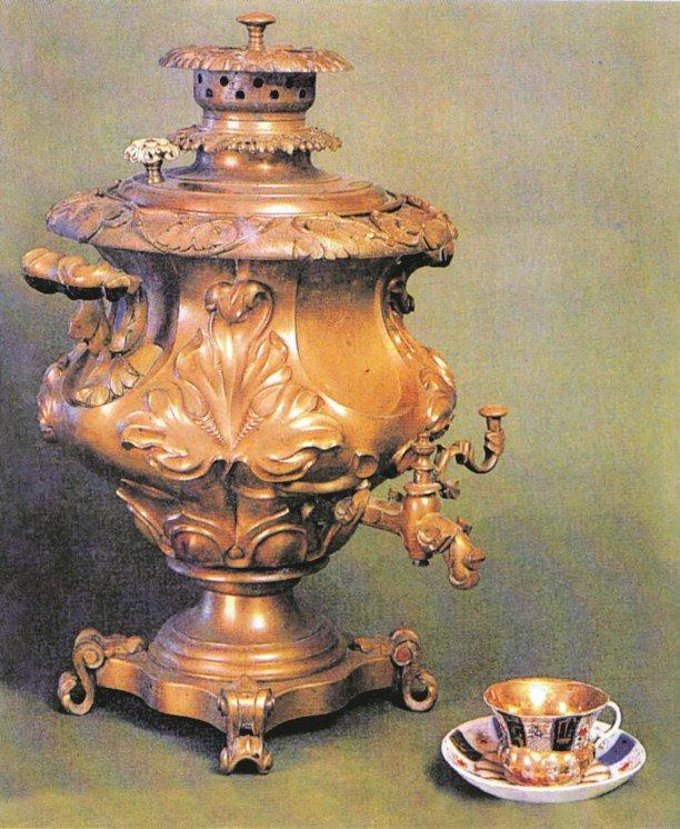 «Флорентийская ваза». Фабрика братьев Баташевых, 1870-е.