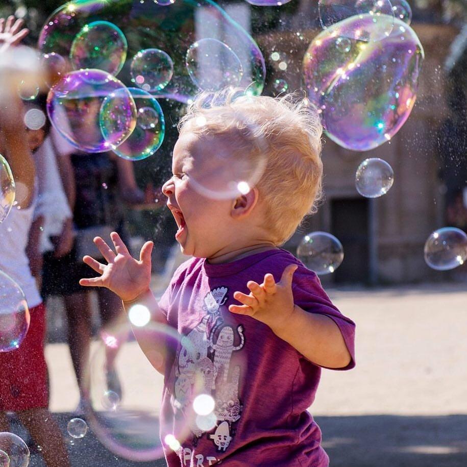 выбрал его, картинки с мыльными пузырями с детьми пузыри являются прекрасным