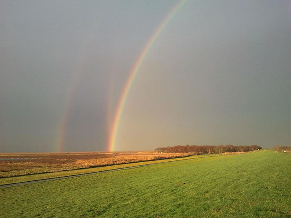 три радуги фото буквально