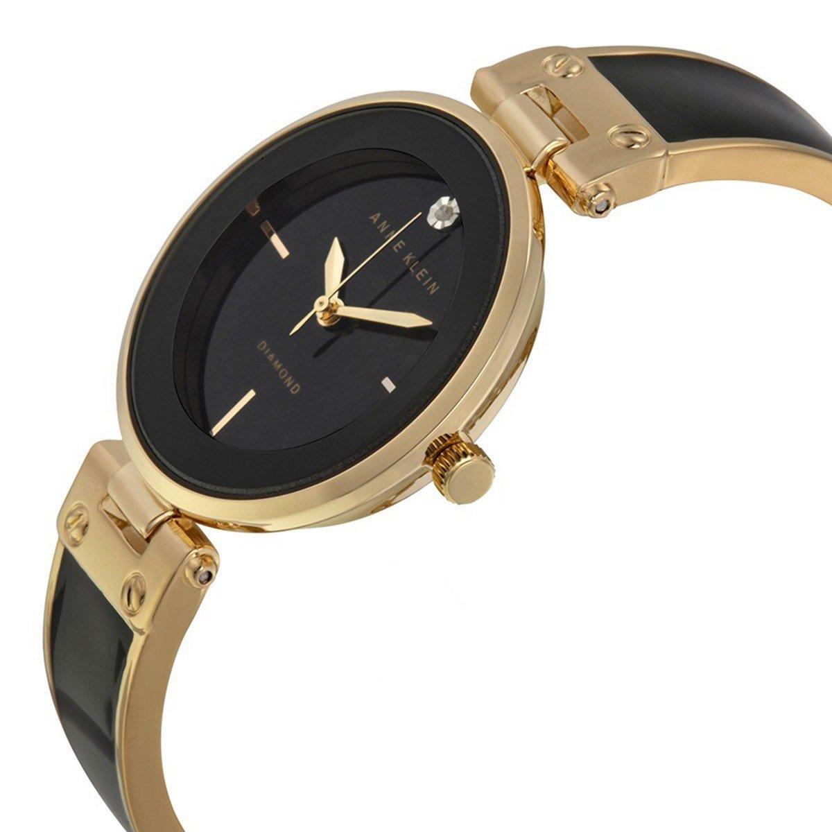 Выбрать и купить женские часы вы можете в нашем интернет-магазине из широкого ассортимента.