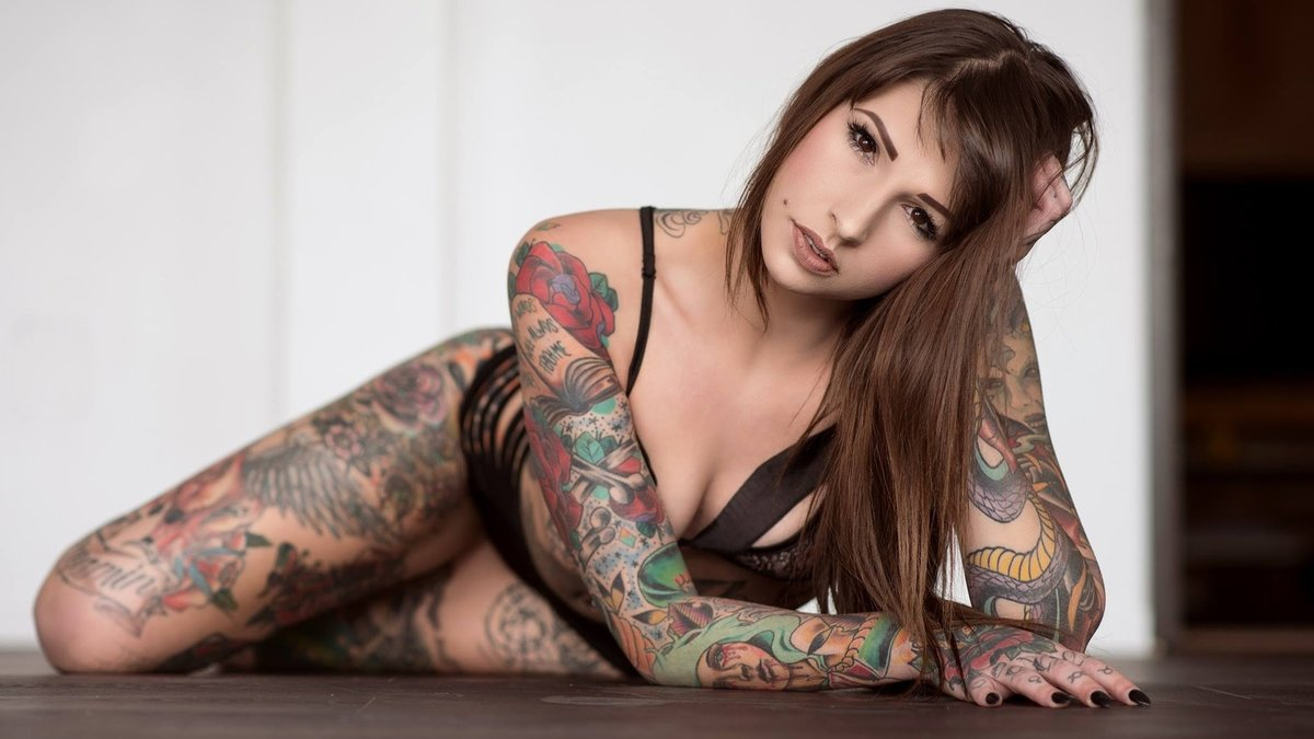 hot-young-nude-tattoo-girls
