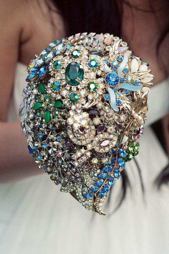 Букеты из драгоценных камней, свадебный букет