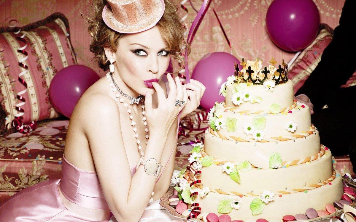Поздравлениями, ляна с днем рождения картинки красивые девушки