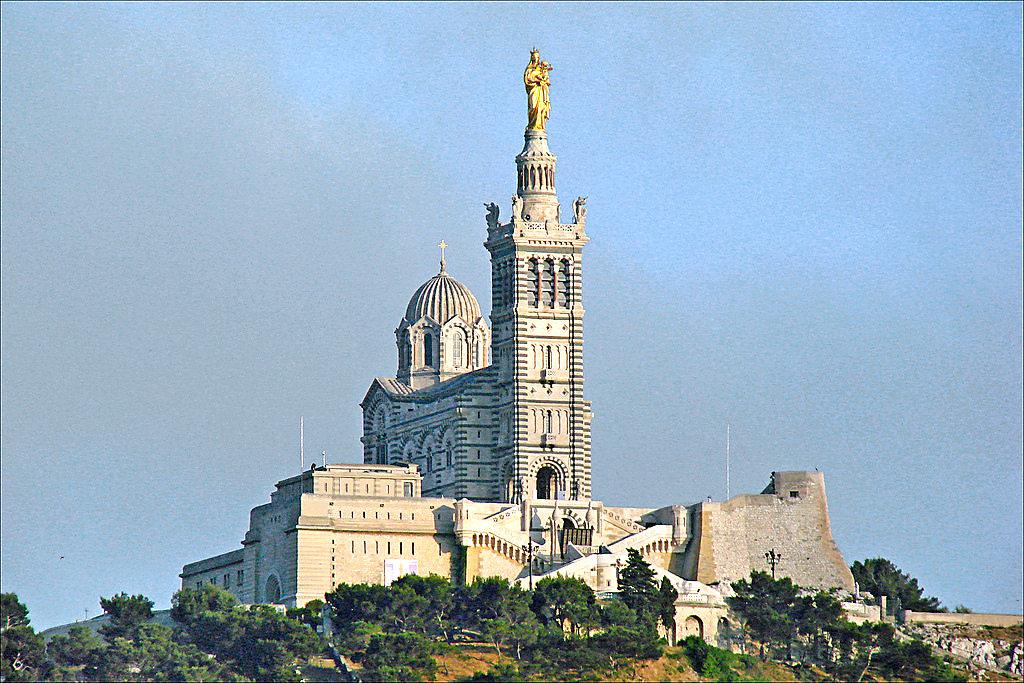 Базилика Нотр-Дам де ля Гард в Марселе