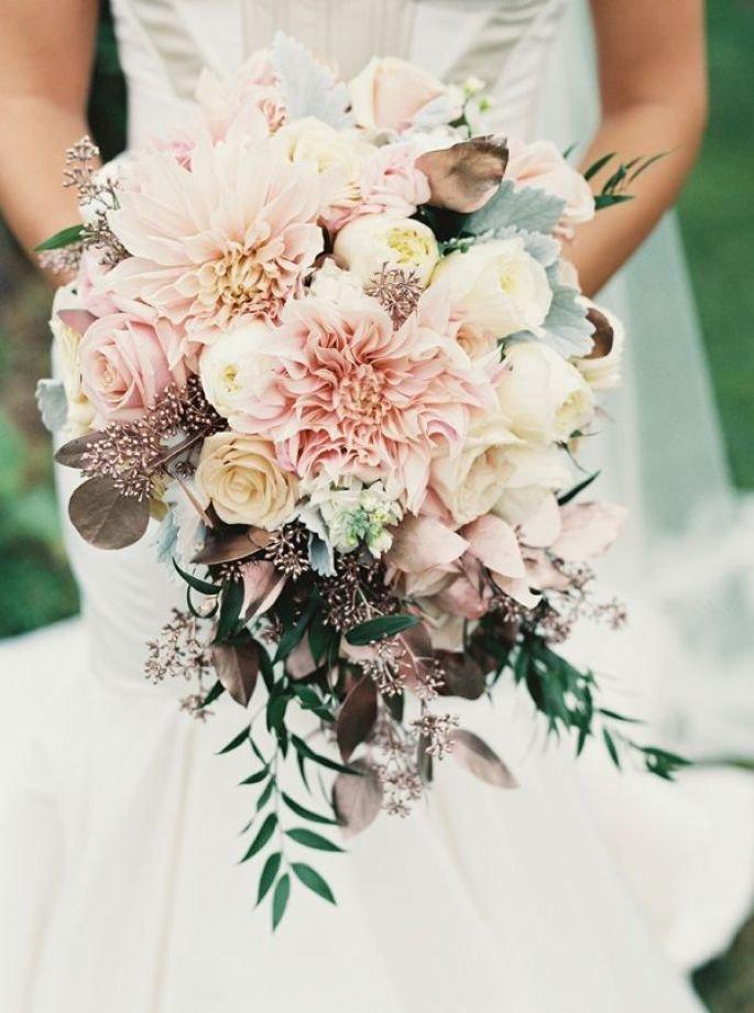 Стильные букеты невест