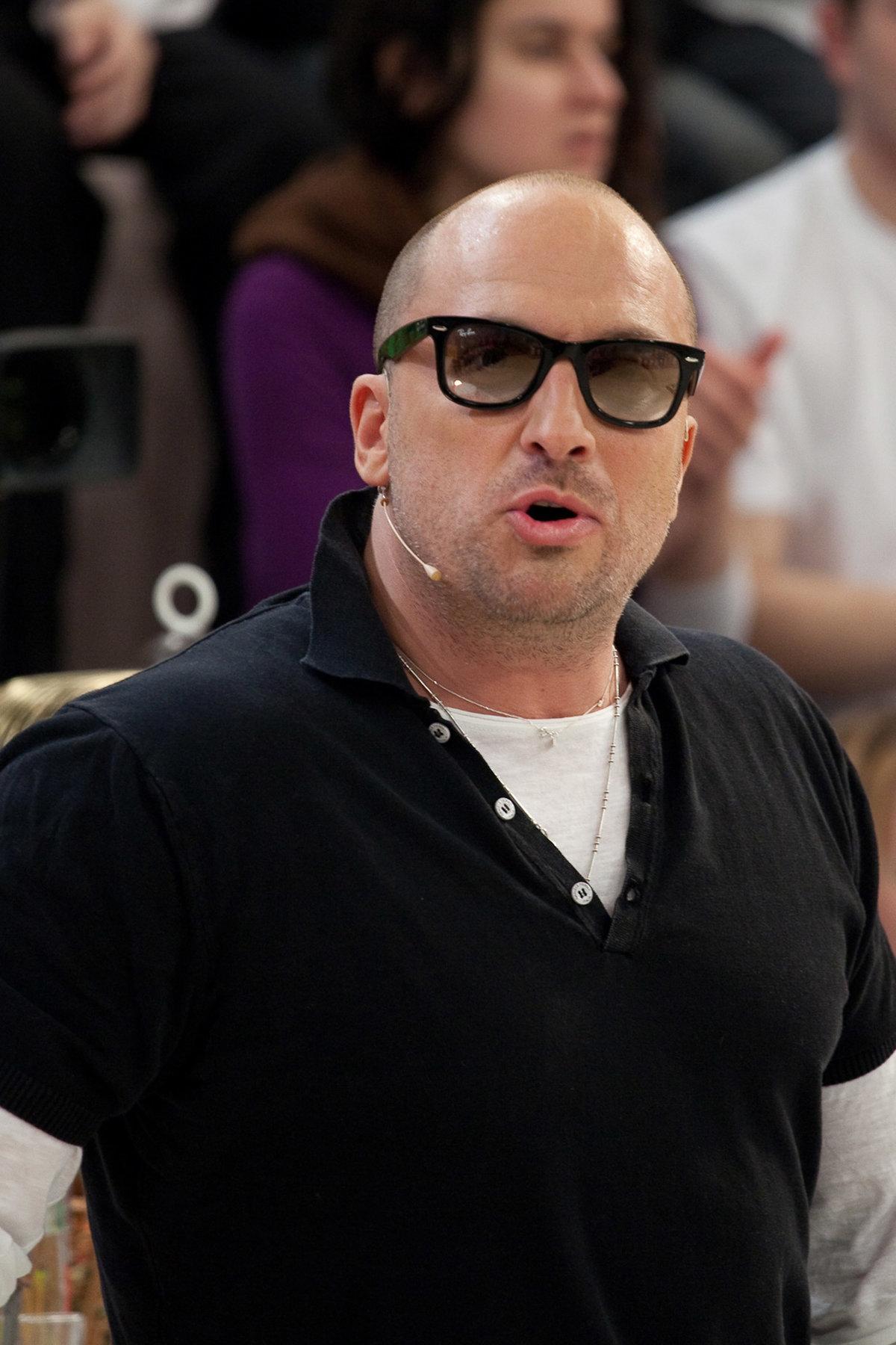 фото знаменитых спортсменов в очках пользоваться день
