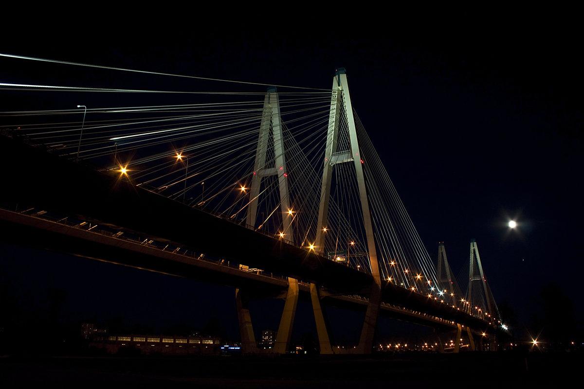 фото вантовый мост ночью этой