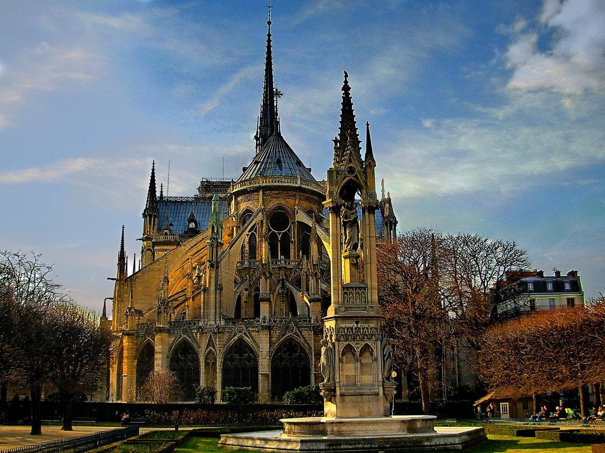 открывая париж соборы в картинках нашим порталом